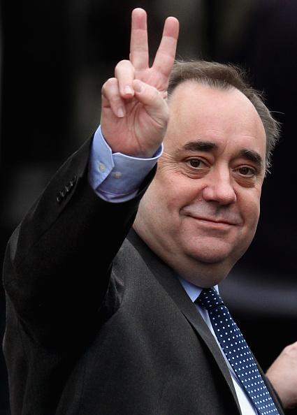 成功「First Minister Of Scotland Alex Salmond Visits The New Barclays Wealth Offices」:写真・画像(19)[壁紙.com]