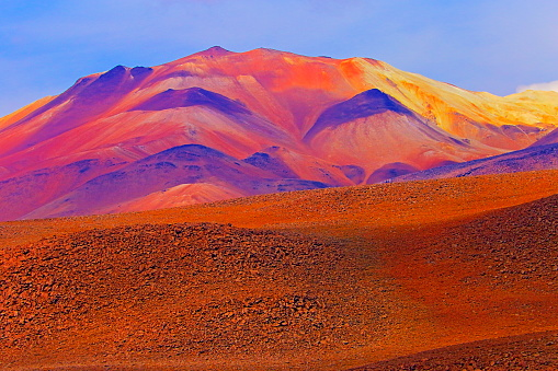 Antofagasta Region「Impressive Bolivian Andes altiplano valley and Idyllic Atacama Desert, Volcanic landscape panorama – Potosi region, Bolivian Andes, Chile, Bolívia and Argentina border」:スマホ壁紙(11)