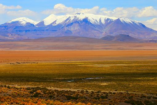 Bolivian Andes「Impressive Bolivian Andes altiplano and Idyllic Atacama Desert, Volcanic landscape panorama – Potosi region, Bolivian Andes, Chile, Bolívia and Argentina border」:スマホ壁紙(18)