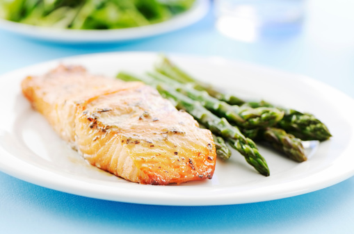 Grilled「Baked salmon and asparagus」:スマホ壁紙(2)