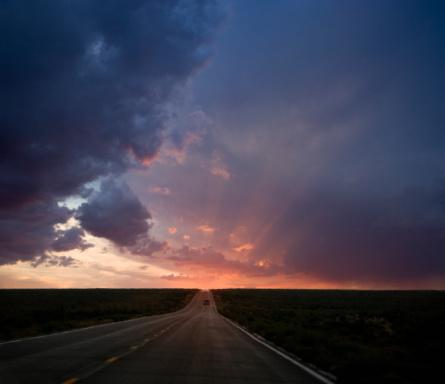 Dawn「Car traveling road towards sunrise」:スマホ壁紙(8)