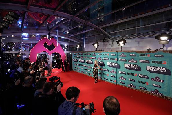 MTV Europe Music Awards「MTV EMAs 2017 - Red Carpet Arrivals」:写真・画像(12)[壁紙.com]