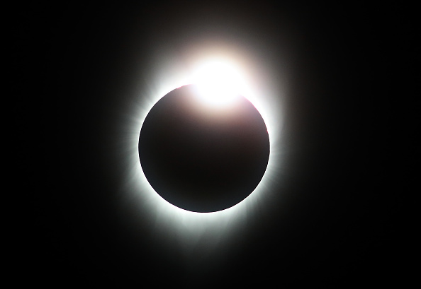 Eclipse「Solar Eclipse Visible Across Swath Of U.S.」:写真・画像(5)[壁紙.com]