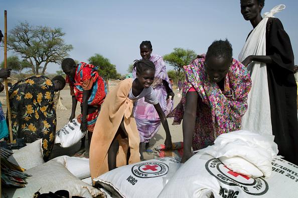 Tom Stoddart Archive「Farming Aid To South Sudan」:写真・画像(1)[壁紙.com]
