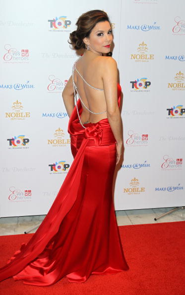 Rear View「The Noble Gift Gala - Arrivals」:写真・画像(13)[壁紙.com]