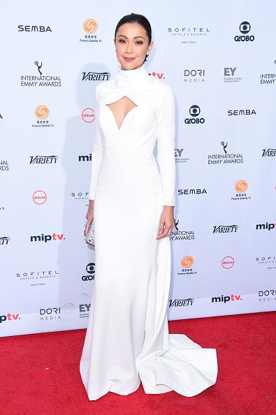 Jodi Hilton「44th International Emmy Awards - Arrivals」:写真・画像(13)[壁紙.com]