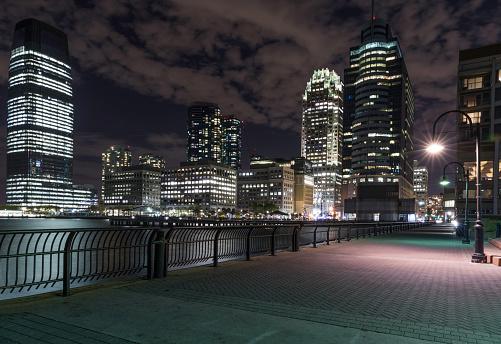Jersey City「Jersey City Cityscape Illuminated at Night」:スマホ壁紙(2)