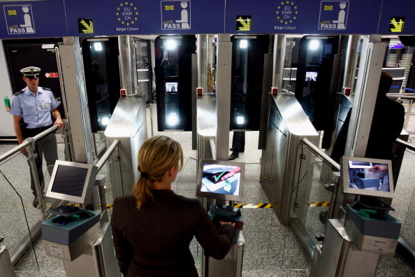 Automated「German Federal Police Test New Biometric Border Control」:写真・画像(7)[壁紙.com]