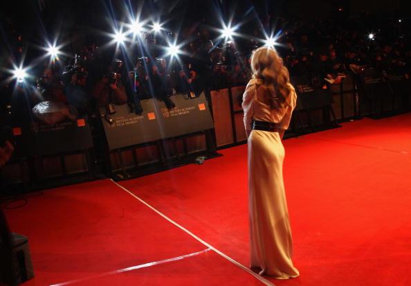 Wide Shot「Orange British Academy Film Awards 2010 - Red Carpet Arrivals」:写真・画像(12)[壁紙.com]