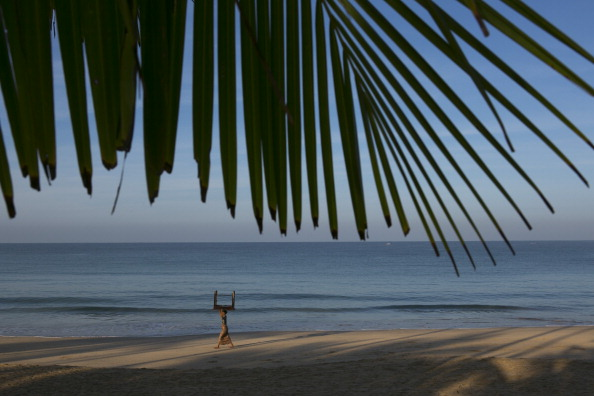 Table「Daily Life In Ngapali Beach」:写真・画像(10)[壁紙.com]
