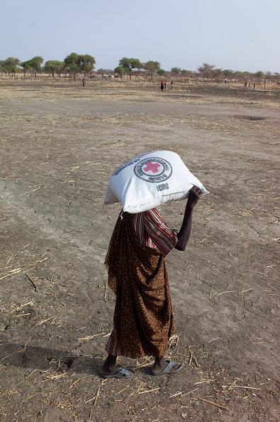1人「Farming Aid To South Sudan」:写真・画像(5)[壁紙.com]