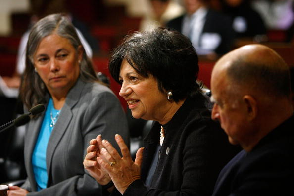 Advice「Senate Holds Hearing On EPA Obstruction Of Global Warming Controls」:写真・画像(0)[壁紙.com]