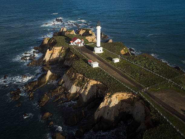 USA, California, Point Arena Lighthouse:スマホ壁紙(壁紙.com)