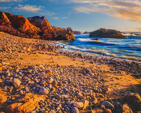 Big Sur「California coast shoreline at Pescadero State Beach, CA(P)」:スマホ壁紙(14)