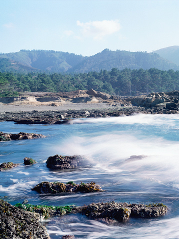 Big Sur「USA, California, Big Sur, Point Lobos State Reserve, waves」:スマホ壁紙(15)