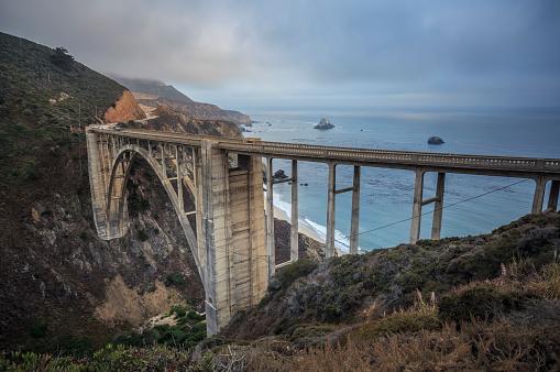 Bixby Creek Bridge「USA, California, Big Sur, Pacific Coast, National Scenic Byway, Bixby Creek Bridge, California State Route 1, Highway 1」:スマホ壁紙(8)