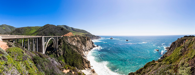 Coastline「USA, California, Big Sur, Pacific Coast, National Scenic Byway, Bixby Creek Bridge, California State Route 1, Highway 1, Panorama」:スマホ壁紙(10)
