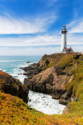 Big Sur「USA, California, Big Sur, Pacific Coast, National Scenic Byway, View to Pigeon Point Lighthouse」:スマホ壁紙(17)