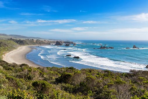 Big Sur「USA, California, Big Sur, Pacific Coast, National Scenic Byway, Beach」:スマホ壁紙(2)