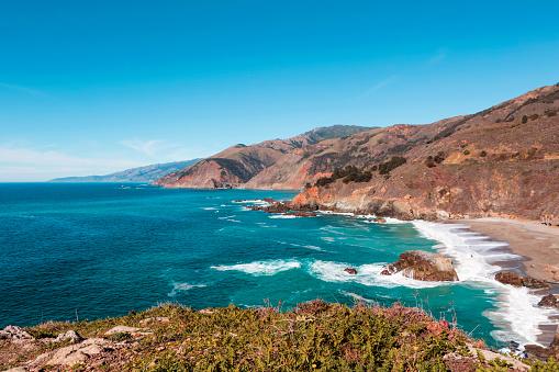 Big Sur「USA, California, View of coast with beach, Big Sur National Park」:スマホ壁紙(0)