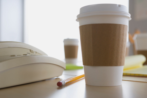 Coffee - Drink「USA, California, Los Angeles, Plastic coffee cup on desk」:スマホ壁紙(7)
