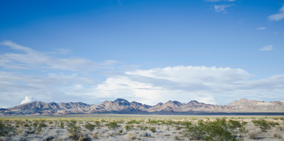 山「USA, California, Mojave Desert, View of desert along Route 66」:スマホ壁紙(10)