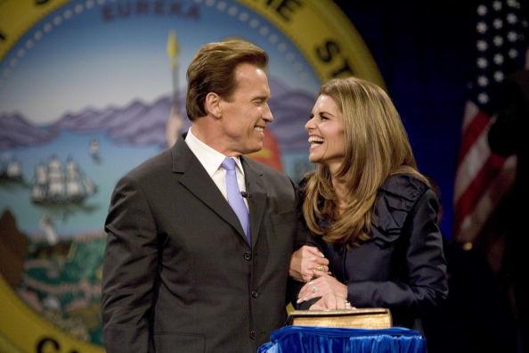 Arnold Schwarzenegger「Arnold Schwarzenegger Is Inaugurated For A Second Term As Governor」:写真・画像(14)[壁紙.com]
