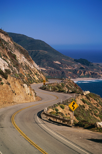 California State Route 1「USA, California, Big Sur, winding coast road」:スマホ壁紙(2)