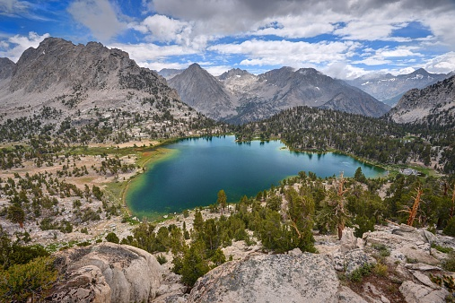 インヨー国有林「USA, California, Ansel Adams Wilderness Area, Inyo National Forest, Spectacular Bullfrog Lake」:スマホ壁紙(8)