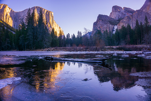 National Park「USA, California, Yosemite National Park, Yosemite Valley at sunrise」:スマホ壁紙(10)