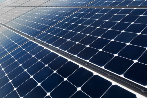 Solar Energy「USA, California, Death Valley, Solar panels on desert」:スマホ壁紙(5)