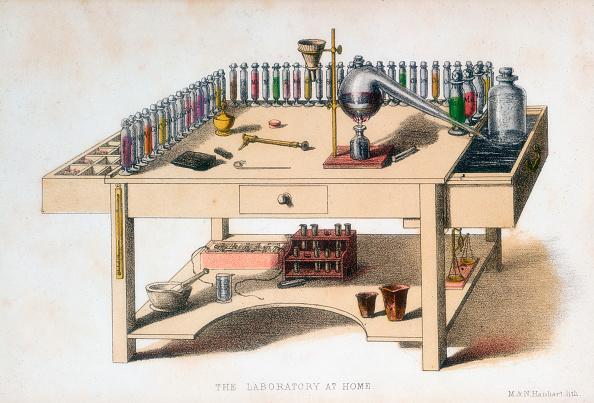 Mortar and Pestle「The amateur chemist's laboratory bench, 1860. Artist: M & N Hanhart」:写真・画像(0)[壁紙.com]