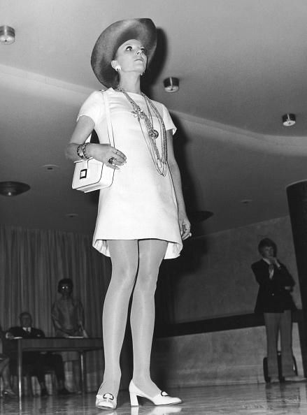 1970-1979「Joan Collins」:写真・画像(12)[壁紙.com]