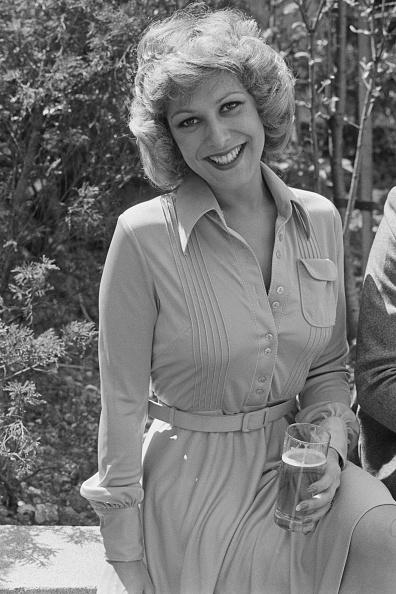 Variation「British actress Lynda Bellingham」:写真・画像(9)[壁紙.com]