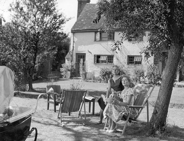 Outdoor Chair「Garden Scene」:写真・画像(14)[壁紙.com]