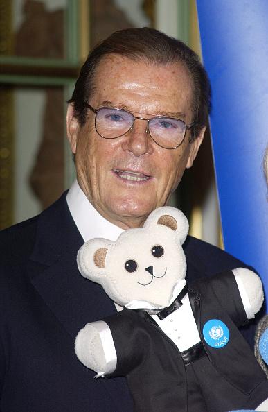 Photoshot「Moore And UNICEF bear」:写真・画像(13)[壁紙.com]