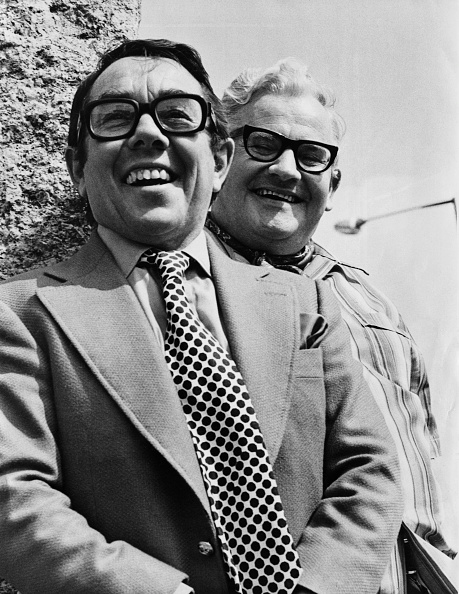 Two People「The Two Ronnies」:写真・画像(7)[壁紙.com]