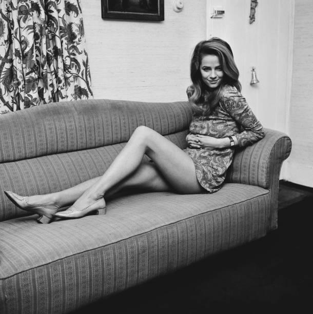Sofa「Charlotte Rampling」:写真・画像(19)[壁紙.com]
