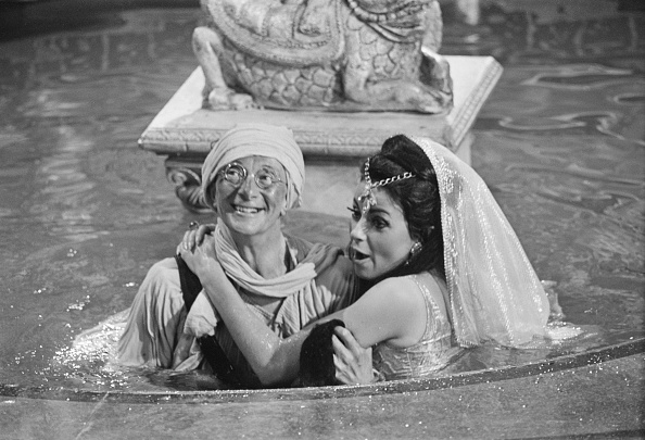 Comedy Film「Carry On Up the Khyber」:写真・画像(6)[壁紙.com]