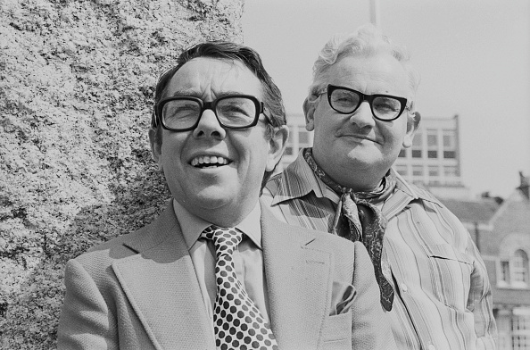 Two People「The Two Ronnies」:写真・画像(15)[壁紙.com]