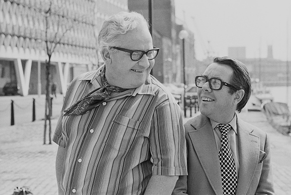 Two People「The Two Ronnies」:写真・画像(10)[壁紙.com]