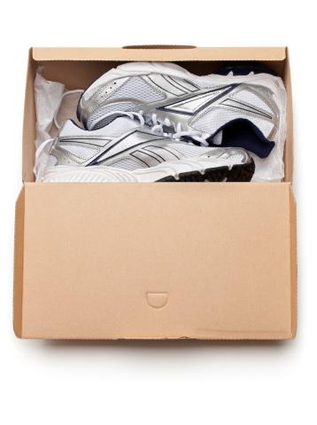 Shoe「New Sports Shoes in Box」:スマホ壁紙(16)