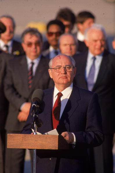 Joint Base Andrews「Gorbachev Speaks At Bush Summit」:写真・画像(12)[壁紙.com]