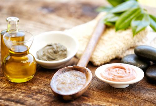Massage Oil「Mud mask, salt scrub and massage oil」:スマホ壁紙(15)