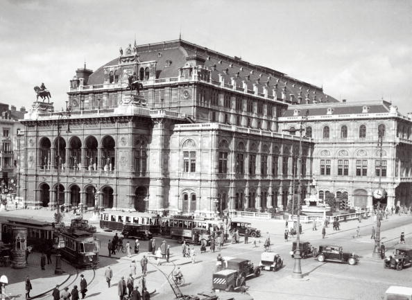 City Life「Vienna State Opera, Photograph around 1930」:写真・画像(13)[壁紙.com]