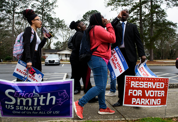NAACP「Voters In 14 States Head To The Polls On Super Tuesday」:写真・画像(3)[壁紙.com]