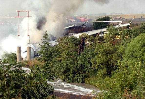 Passenger「Air France Passenger Jet Crashes In Toronto」:写真・画像(13)[壁紙.com]