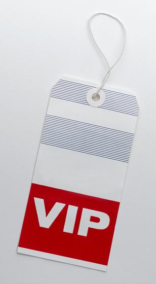 Hotel Reception「VIP Luggage Tag」:スマホ壁紙(3)