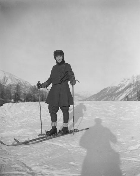 スキーストック「Skiing At St Moritz」:写真・画像(1)[壁紙.com]