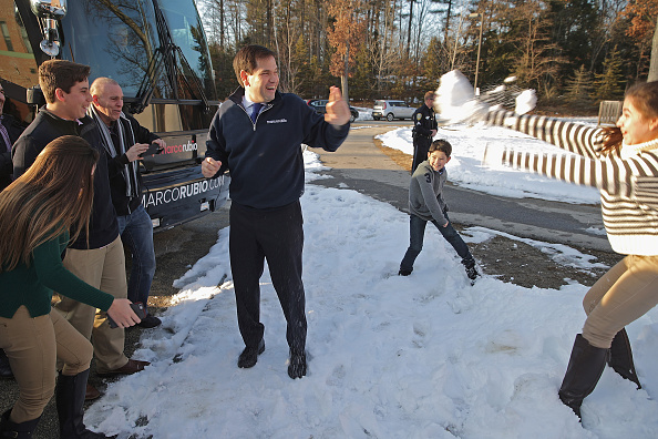 Snow「Marco Rubio Campaigns Ahead Of New Hampshire Primary」:写真・画像(15)[壁紙.com]